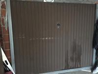 Dyer automatike garazhde