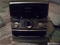 Radio,studio sharp,dz kaseta ,tri cd+fm,stereo r..