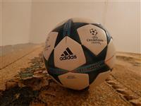 Top Futbolli  Adidas