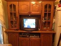 Shes Mobilje per televizor