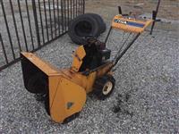 Traktor bore