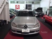 Mercedes C220 -08