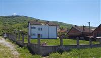 Shtepia me toke 10 ari ne Prizren