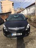 Shitet Opel Zafira Tourer