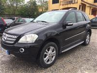shes mercedes ML 320 CDI  9700  euro