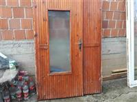 Dera e hymjes dera terazes e plastikes shum lir