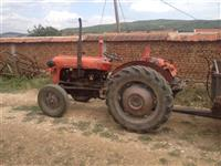 Traktori ferguson 39