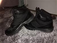 Nike dual hills Boots