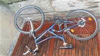 Bicikleten e sapo ardhur nga zvica
