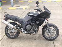 Yamaha 3V 850cc