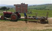shes dhe ndrroj traktorin masey ferguson