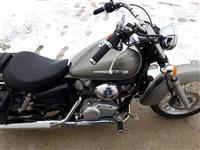 Shitet Honda shadow 125cc
