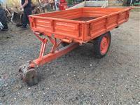Rimorkio 1,5 ton per tomovinkoviq e rujtne