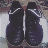 2 pare atlete  Nike
