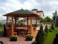 Mbulojme terasa te shtepive, veranda dhe bunara...