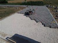 Rregullimi i oborreve me kubeza betoni [kockave]