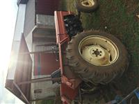 Traktori ne gjendje te mir