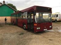 Shitet autobusi 405