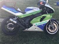 Kawasaki ZXR 750cc