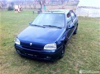 Renault clio 1.4B -98