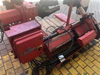 Makine per montimin e gomave të kamionëve