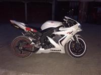 Motori Yamaha R1