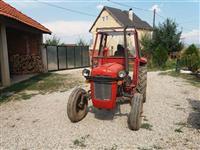 Traktorr 539