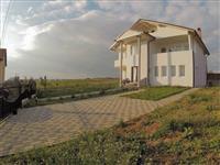 Shtëpi 402m2 ne shitje, ne Hajvali.
