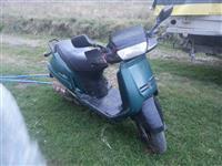 Skuter peugeto 125 cc