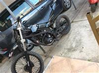 Moto full cross 250cc