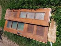 Dere e hyrjes dhe dritare nga druri per shtepi