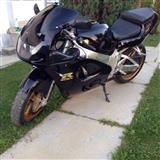 Motorr Suzuki