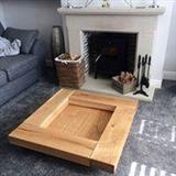 Tavolina prej druri masiv