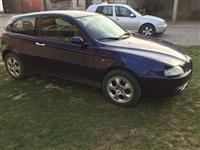 Shitet vetura Alfa Romeo
