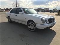 Shes Mercedes benz dizell rks full !!!