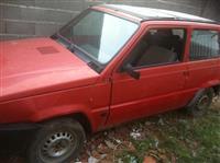 Fiat panda me targa kosovare i vitit 1987