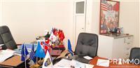 Lokal 28 m² për shitje në Qendër