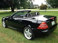 Mercedes Benz urgjent.
