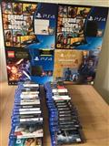 Playstation 4 with 2 controller and 5 games