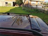 shitet veture Audi B4 karavan ngjyre vishnje