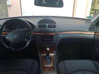 Mercedes E-Klasse 220 i rujshem