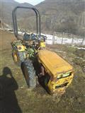 urgjent shitet traktorr 4x4