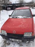 Opel Kadett benzin+gaz