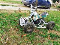 Motorr 4 rrota per femij ne gjendje te rregullt