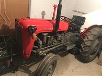 Traktor ferguson 33