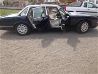 Shitet vetura Jaguar v8
