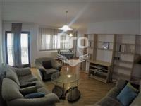 Shtëpi 265m2 në shitje në Qendër.