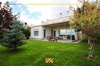 Shtëpi 304m² në #SHITJE në Çagllavicë.