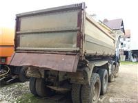 Kamion Saurer