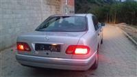Shes Mercedes benz E-class 240
